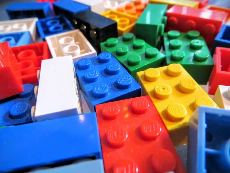 Investice jako investice aneb malí podnikatelé a nadšenci se našli v Lego investicích