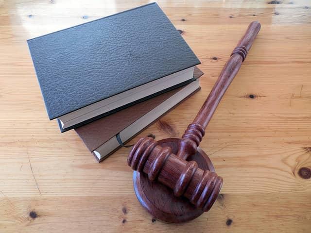 O advokáta si můžete požádat zadarmo.